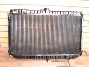 HR30 SKYLINE RADIATOR