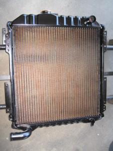 HITACHI EX60-5 RADIATOR