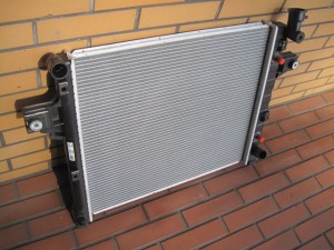 JEEP GRAND CHERKEE RADIATOR