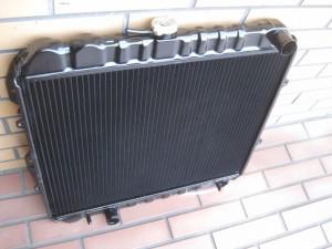 US HILUX RN90 Radiator
