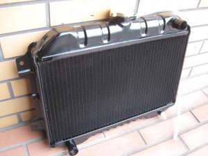 SUNNY B10 Radiator