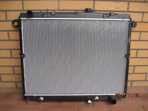 LAND CRUISER UZJ100W Radiator