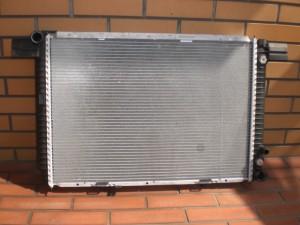 R129 RADIATOR