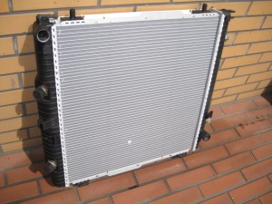 W463 Mercedes-Benz RADIATOR