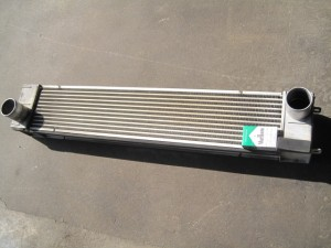 KATO HD820V INTERCOOLER