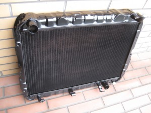 LAND CRUISER FJ62 Radiator