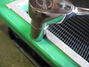 BARONESS(バロネス)草刈機 ラジエーター修理