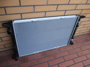 PORSCHE MACAN Radiator