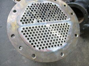 コマツマリンエンジン 船舶用熱交換器 静水クーラー修理