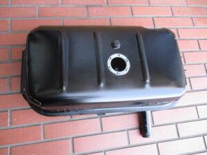 ISUZU BELLETT(ベレット)燃料タンク修理